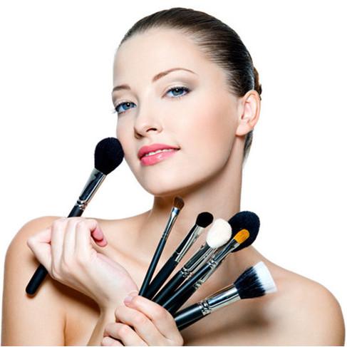 每天学点化妆技巧